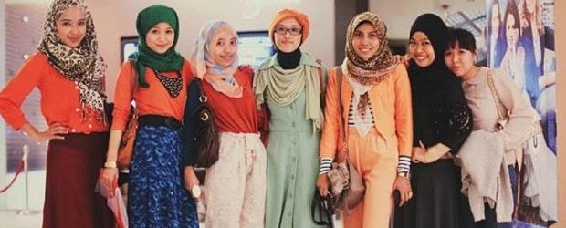 groupe de femmes musulmanes