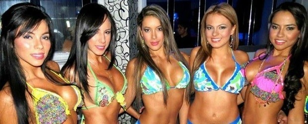Filles de Colombie en bikini