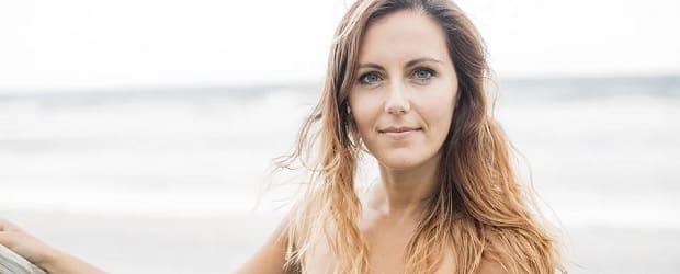 femme hollandaise mignonne