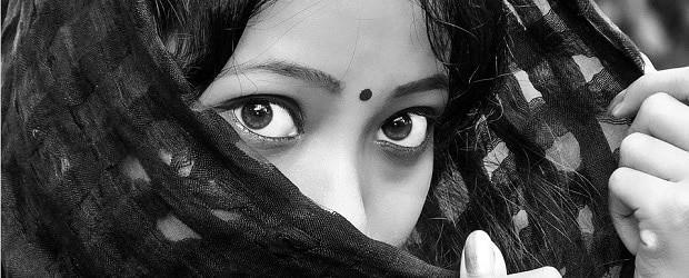 fille indienne avec un voile