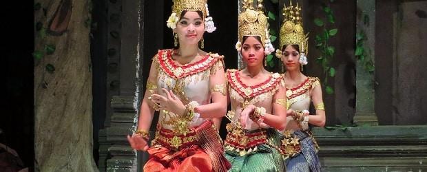 filles cambodgienne en train de danser